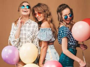 fashion tips from stylish women